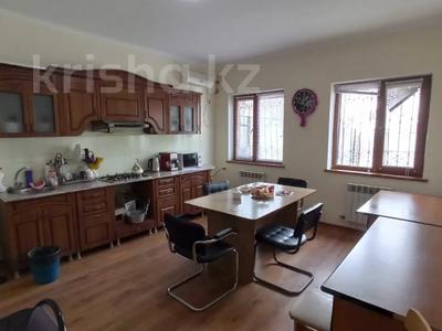 5-комнатный дом, 192 м², 2 сот., Крупской 46\1 за 45 млн 〒 в Атырау — фото 16