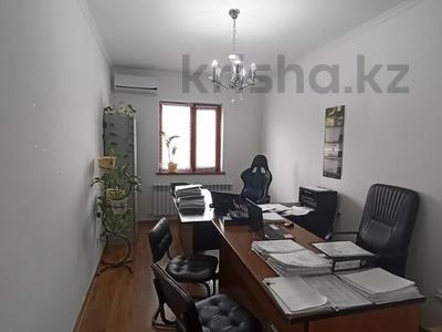 5-комнатный дом, 192 м², 2 сот., Крупской 46\1 за 45 млн 〒 в Атырау — фото 10