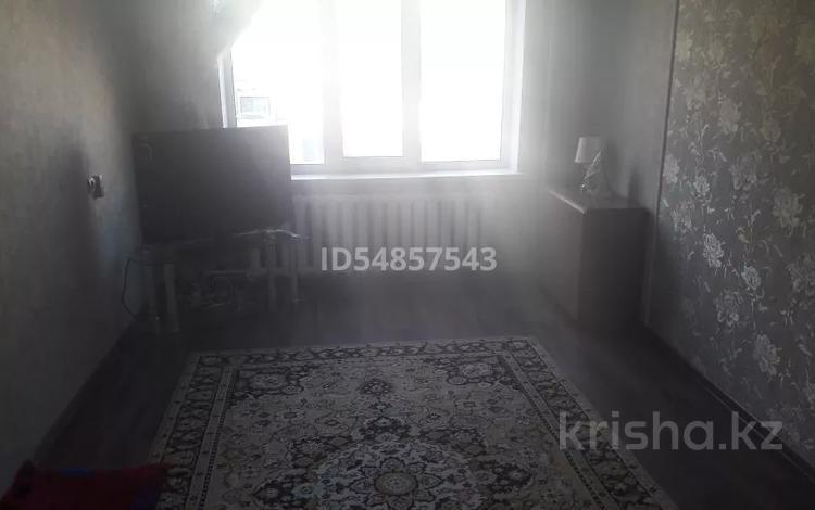 3-комнатная квартира, 67 м², 2/9 этаж, 12 мкр за 16 млн 〒 в Актобе, мкр 12