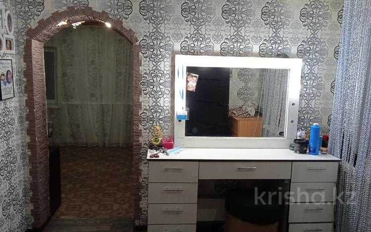 4-комнатный дом, 80 м², 5 сот., мкр Майкудук, Кузембаева за 12.5 млн 〒 в Караганде, Октябрьский р-н