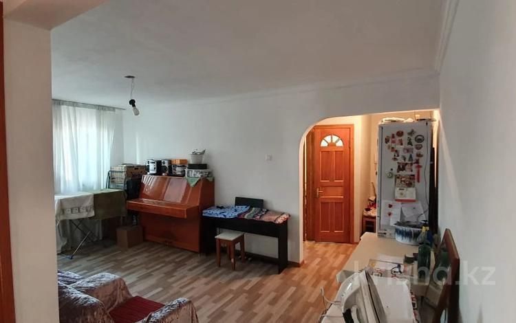 3-комнатная квартира, 58 м², 5/5 этаж, Яссауи — Шаляпина за 20.5 млн 〒 в Алматы, Ауэзовский р-н