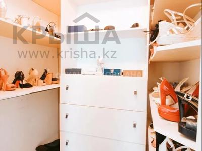 3-комнатная квартира, 108 м², 12/18 этаж, Керей Жанибек Хандар за 59 млн 〒 в Нур-Султане (Астана), Есиль р-н — фото 9