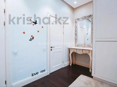 3-комнатная квартира, 108 м², 12/18 этаж, Керей Жанибек Хандар за 59 млн 〒 в Нур-Султане (Астана), Есиль р-н — фото 13