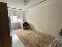 3-комнатная квартира, 70 м², 5/5 этаж, мкр 5, проспект Алии Молдагуловой за 11.8 млн 〒 в Актобе, мкр 5