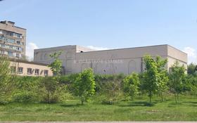Здание, площадью 5200 м², мкр Аксай-3Б, Толе Би — Яссауи за 351 млн 〒 в Алматы, Ауэзовский р-н