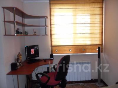 2-комнатная квартира, 90 м², 5/5 этаж посуточно, Глинина 44 за 7 000 〒 в Кокшетау
