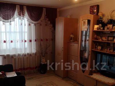 2-комнатная квартира, 52 м², 6/10 этаж, 8 ммкр — Карбышева за 12.5 млн 〒 в Костанае — фото 4