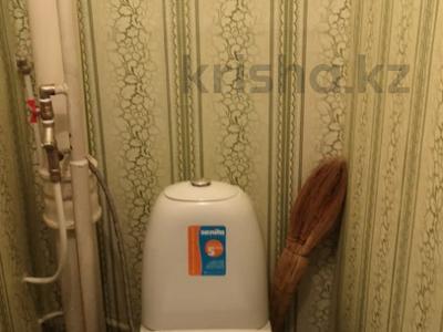 2-комнатная квартира, 52 м², 6/10 этаж, 8 ммкр — Карбышева за 12.5 млн 〒 в Костанае — фото 6
