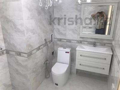 4-комнатная квартира, 143 м², 13/18 этаж, Ганди 223 за 90 млн 〒 в Алматы, Медеуский р-н — фото 6