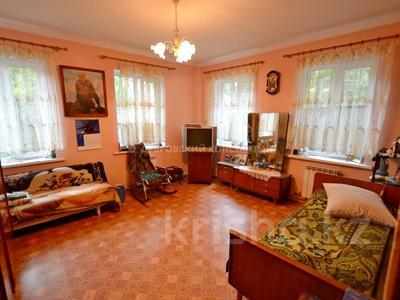 8-комнатный дом, 185 м², 4 сот., Орманова — Есенберлина за 55 млн 〒 в Алматы, Медеуский р-н — фото 9