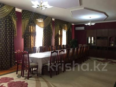5-комнатный дом посуточно, 250 м², Байдибек би 8 — Акынова за 15 000 〒 в Шымкенте — фото 6