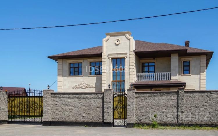 9-комнатный дом, 450 м², 25 сот., Акан Сери за ~ 157.9 млн 〒 в Акмолинской обл.