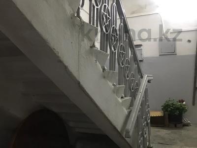 3-комнатная квартира, 69 м², 1/2 этаж, Амангельды — Гоголя за 39.5 млн 〒 в Алматы, Алмалинский р-н