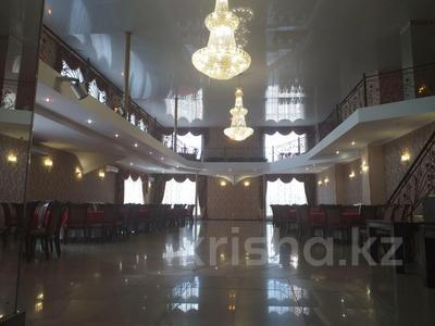 Здание, площадью 2853 м², Тауелсиздик 149 — Бородина за 400 млн 〒 в Костанае — фото 25