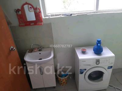 7-комнатный дом, 260 м², 8 сот., Бабажанова 3 за 17 млн 〒 в Узынагаш — фото 2