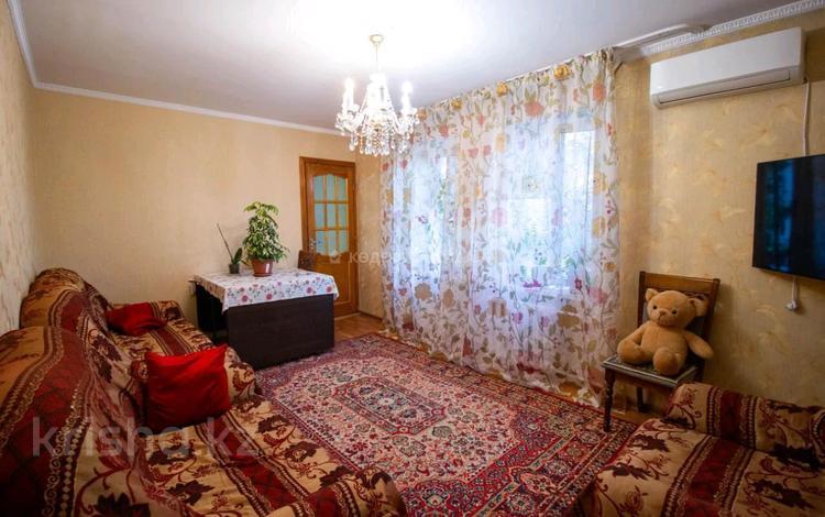 3-комнатная квартира, 65 м², 3/5 этаж, Мкр Самал за 15.6 млн 〒 в Талдыкоргане