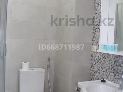 1-комнатная квартира, 35 м², 3/12 этаж посуточно, Maria Kaczynski Stree 23 за 14 000 〒 в Батуми