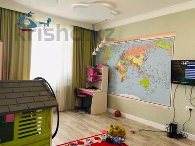 4-комнатная квартира, 160 м², 14/15 этаж, Керей и Жанибек хандар — Сауран за ~ 90 млн 〒 в Нур-Султане (Астана) — фото 14