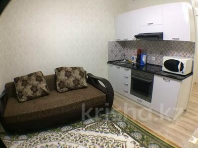 2-комнатная квартира, 60 м², 5/19 этаж посуточно, 17-й мкр 4 за 14 000 〒 в Актау, 17-й мкр