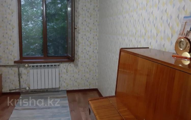 2-комнатная квартира, 42 м², 3/5 этаж, Туркебаева — Дуйсенова Есена (Болотникова) за 18 млн 〒 в Алматы, Алмалинский р-н