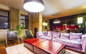 4-комнатная квартира, 180 м², 6 этаж помесячно, Орынбор 23 за 400 000 〒 в Нур-Султане (Астана), Есиль р-н