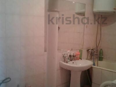 2-комнатная квартира, 44 м², 5/5 этаж, Айтиева за ~ 8.7 млн 〒 в Таразе — фото 8