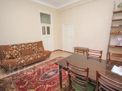3-комнатная квартира, 66.4 м², 4/5 этаж, Абылай Хана 123 — Жамбыла за 47 млн 〒 в Алматы, Алмалинский р-н