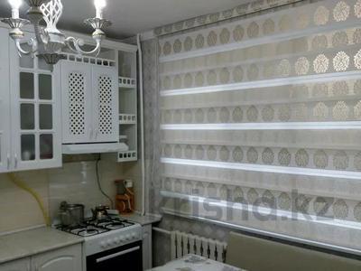 2-комнатная квартира, 68 м², 1/5 этаж, 12 микрайон 14 за 15 млн 〒 в Таразе — фото 4