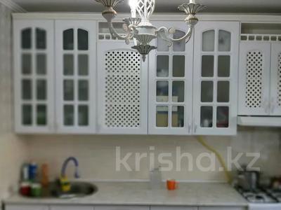 2-комнатная квартира, 68 м², 1/5 этаж, 12 микрайон 14 за 15 млн 〒 в Таразе — фото 7