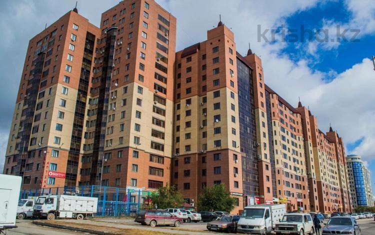 3-комнатная квартира, 140 м², 3/13 этаж, Кенесары 69 за 30.5 млн 〒 в Нур-Султане (Астана), р-н Байконур