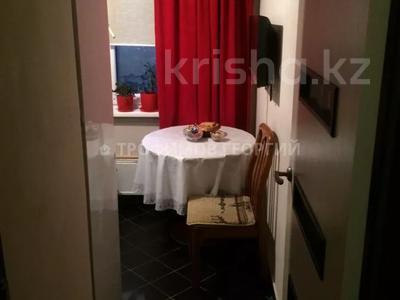 1-комнатная квартира, 33 м², 4/5 этаж, Абдулинных — Жибек Жолы за 15.5 млн 〒 в Алматы, Медеуский р-н — фото 6