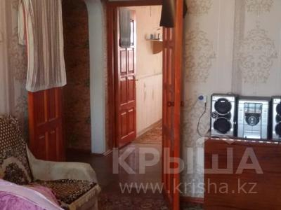 2-комнатная квартира, 55 м², 5/5 этаж помесячно, Мкр Север — Магнум за 80 000 〒 в Шымкенте