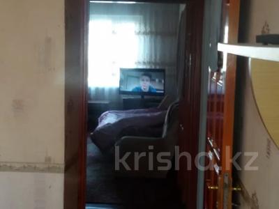 2-комнатная квартира, 55 м², 5/5 этаж помесячно, Мкр Север — Магнум за 80 000 〒 в Шымкенте — фото 2