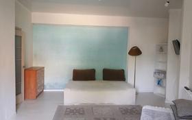 1-комнатная квартира, 28 м², 1/5 этаж посуточно, улица Ауэзова 34 за 5 000 〒 в Щучинске