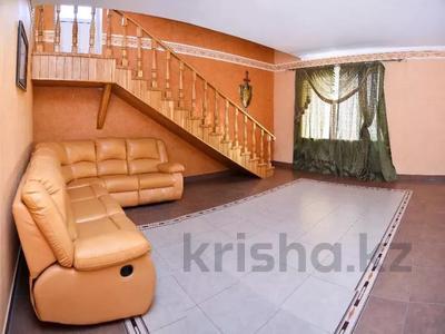 6-комнатная квартира, 346 м², 10/12 этаж помесячно, Протозанова 141 за 500 000 〒 в Усть-Каменогорске — фото 11