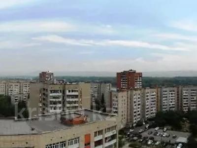 6-комнатная квартира, 346 м², 10/12 этаж помесячно, Протозанова 141 за 500 000 〒 в Усть-Каменогорске — фото 12