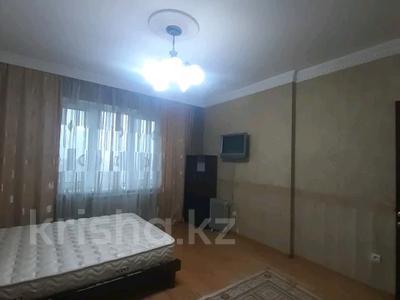 5-комнатная квартира, 182 м², 25/33 этаж помесячно, Кабанбай батыра 11 за 300 000 〒 в Нур-Султане (Астана), Есиль р-н — фото 13