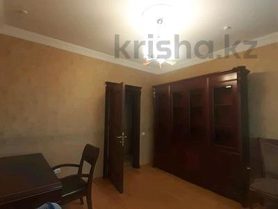 5-комнатная квартира, 182 м², 25/33 этаж помесячно, Кабанбай батыра 11 за 300 000 〒 в Нур-Султане (Астана), Есиль р-н — фото 16