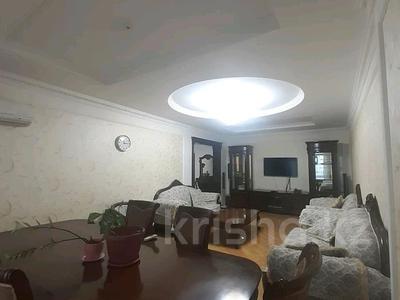 5-комнатная квартира, 182 м², 25/33 этаж помесячно, Кабанбай батыра 11 за 300 000 〒 в Нур-Султане (Астана), Есиль р-н — фото 24