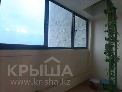 5-комнатная квартира, 182 м², 25/33 этаж помесячно, Кабанбай батыра 11 за 300 000 〒 в Нур-Султане (Астана), Есиль р-н — фото 25