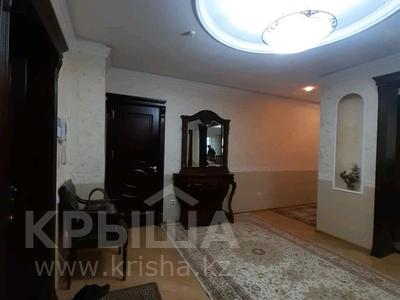 5-комнатная квартира, 182 м², 25/33 этаж помесячно, Кабанбай батыра 11 за 300 000 〒 в Нур-Султане (Астана), Есиль р-н — фото 27