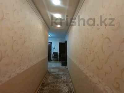 5-комнатная квартира, 182 м², 25/33 этаж помесячно, Кабанбай батыра 11 за 300 000 〒 в Нур-Султане (Астана), Есиль р-н — фото 28