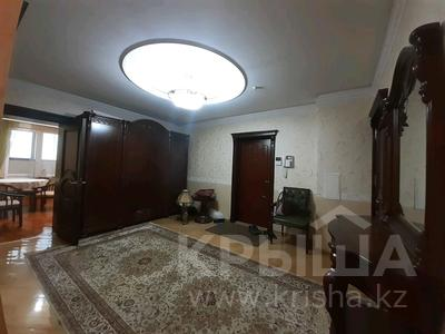 5-комнатная квартира, 182 м², 25/33 этаж помесячно, Кабанбай батыра 11 за 300 000 〒 в Нур-Султане (Астана), Есиль р-н — фото 29
