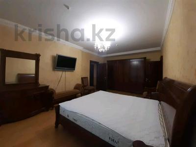 5-комнатная квартира, 182 м², 25/33 этаж помесячно, Кабанбай батыра 11 за 300 000 〒 в Нур-Султане (Астана), Есиль р-н — фото 4