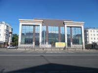Здание, площадью 2332.2 м²