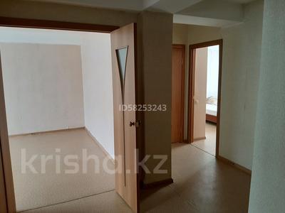 2-комнатная квартира, 54.9 м², 6/10 этаж помесячно, Карагайлы 21 за 50 000 〒 в Семее