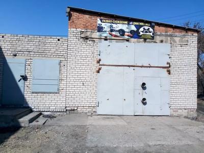 Здание, Пристанская улица площадью 100 м² за 75 000 〒 в Семее