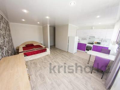 1-комнатная квартира, 35 м², 4/4 этаж посуточно, Интернациональная 55 за 8 000 〒 в Петропавловске