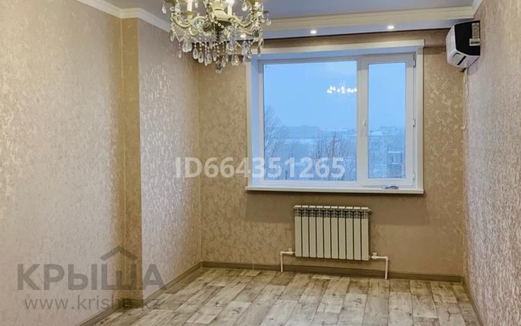 2-комнатная квартира, 68 м², 5/9 этаж, Курмангазы 196 — Молдагулова за 23.5 млн 〒 в Уральске