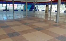 Магазин площадью 640 м², проспект Бухар Жырау за 400 000 〒 в Караганде, Казыбек би р-н